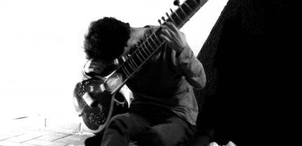 Filipe Dias De with Sitar